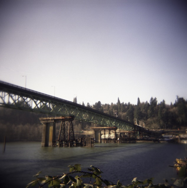 Sellwood Bridge move_Holga