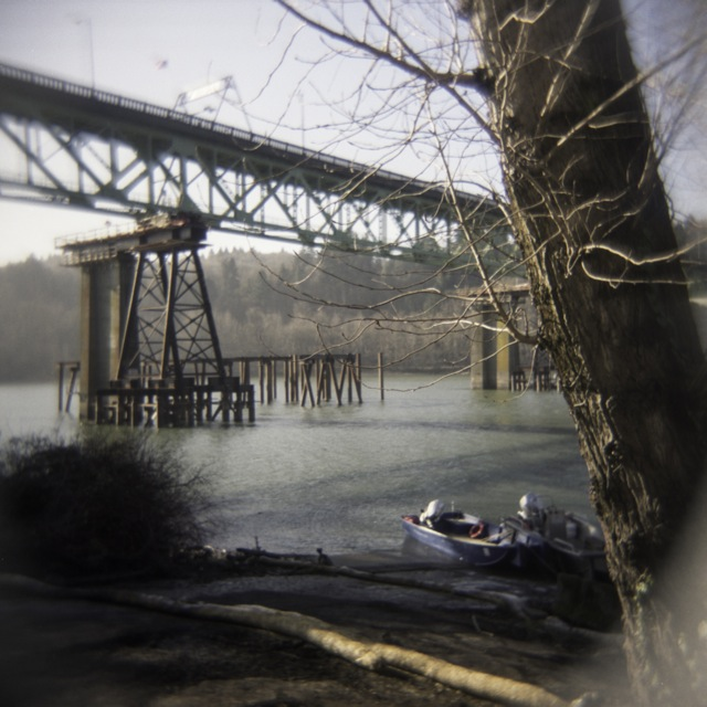 moving the Sellwood Bridge_Holga