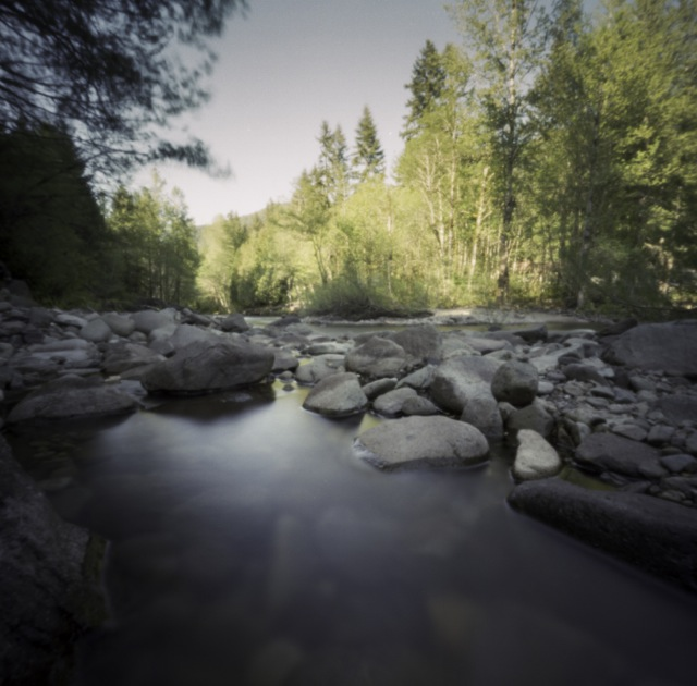 a bend in the river_pinhole_ at only 20 seconds
