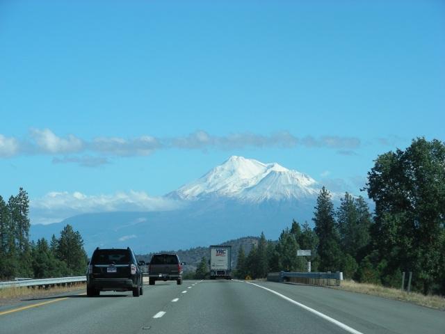 seeing sun and Mt Shasta on I-5
