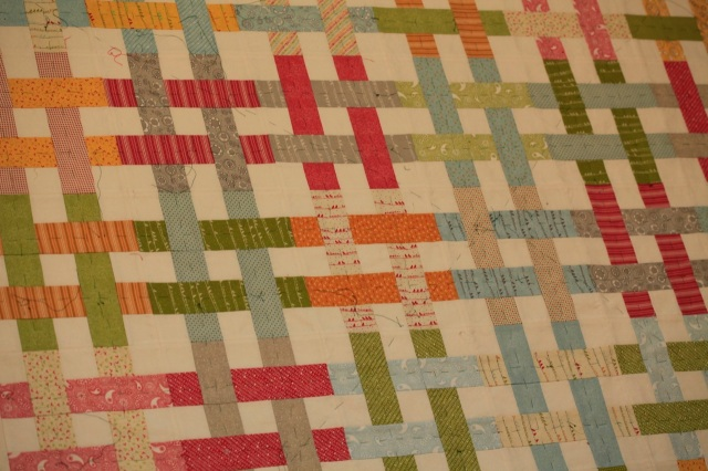 'Noteworthy' basket weave quilt