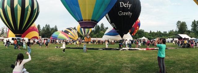 Balloon_Festival_Noblex1815