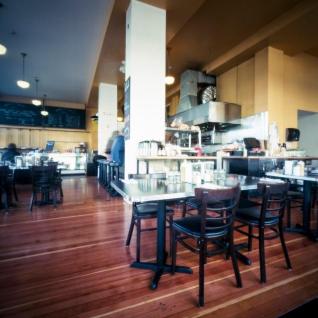 restaurant_pinhole